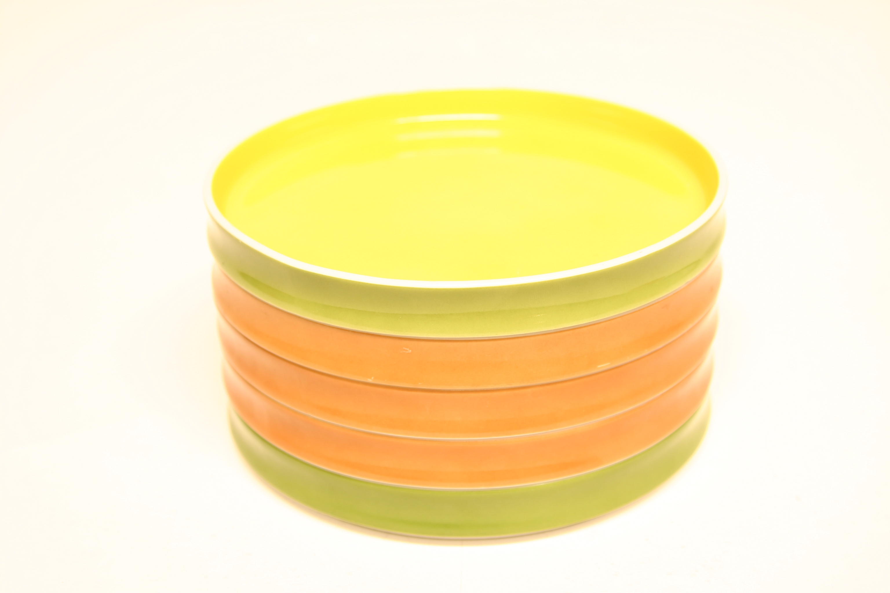 Stacking plates