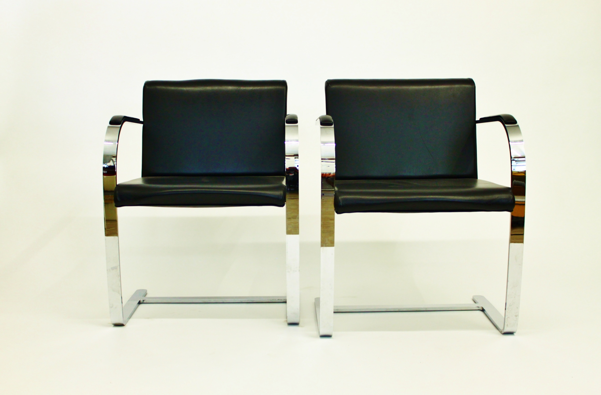 Leather and Chrome MVDR for Knoll Int