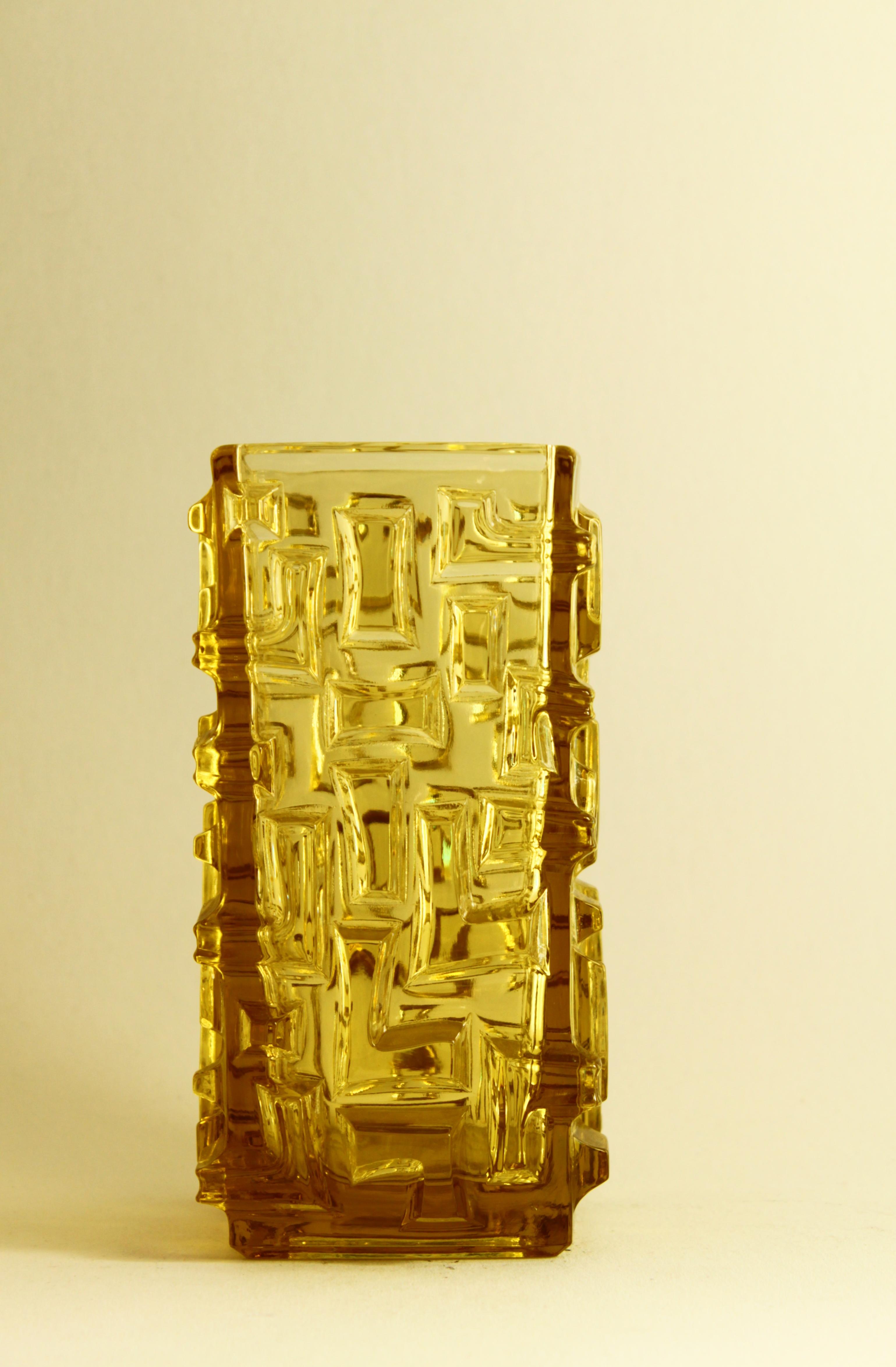 Vladislav Urban Vase, Yellow