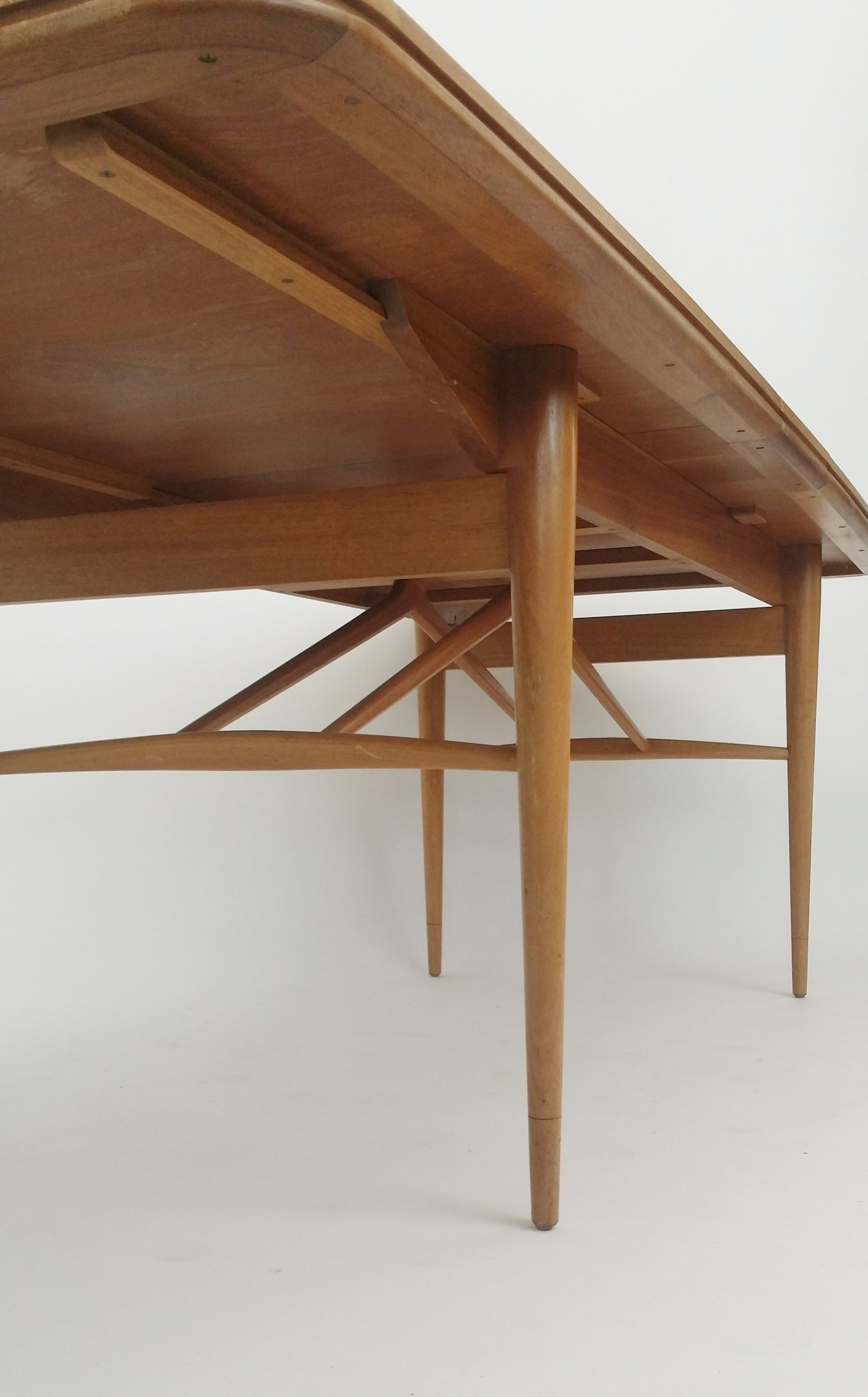 Robert Heritage Dining Table