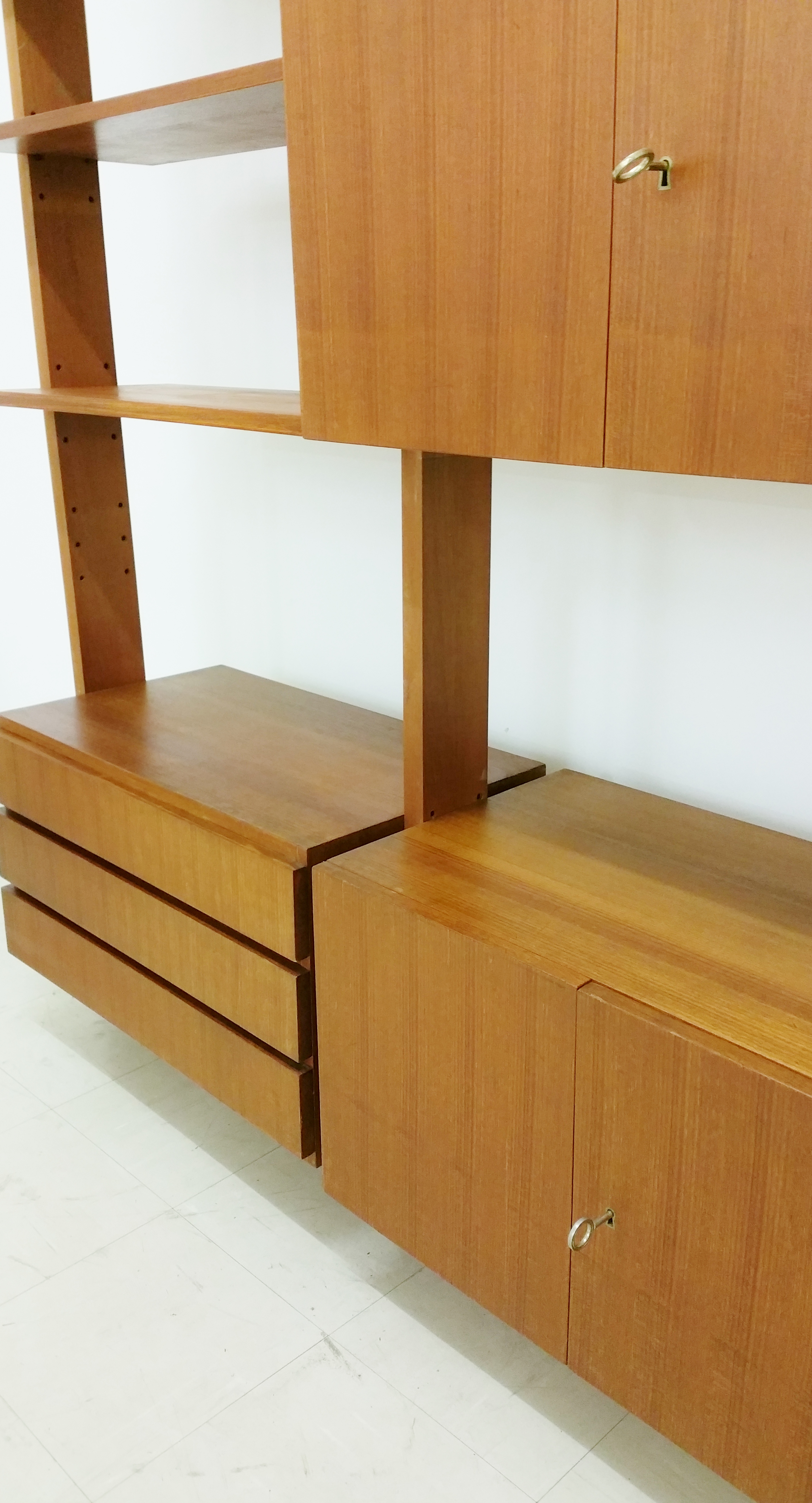 Bespoke sixties shelving